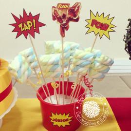 Kit Festa Infantil Flash - Espetos de Marshmallow w super toppers decorativos