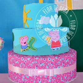Kit festa infantil Peppa Pig - bolo fake