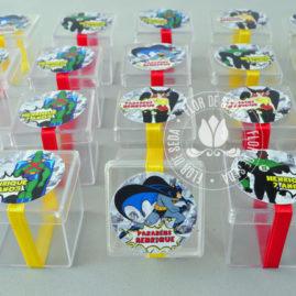Kit festa infantil Liga da Justiça - Caixinhas acrílicas decoradas