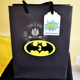 Kit festa infantil Batman-Sacolas personalizadas