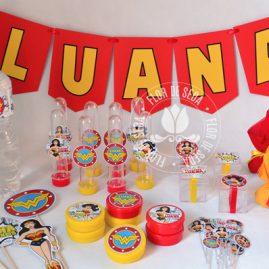 Kit festa infantil Mulher Maravilha